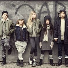 H&M Mini Me kids fashion collection Teen Girl Poses, Kid Poses, Tween Fashion, Urban Fashion, Fashion Ideas, Outfits For Teens For School, School Outfits, Clothing Sites, Teen Clothing