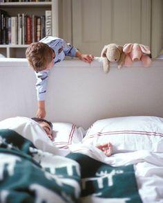 """Daddy..daddy..wake up daddy"""