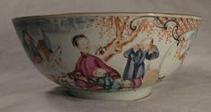 1049 CHINESE FAMILLE ROSE MANDARIN PORCELAIN PUNCH BOWL QIANLONG DYNASTY C 1780