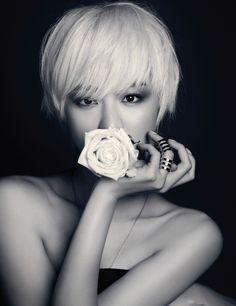 Lee Yeon Lee for Harper's Bazaar Korea 2013