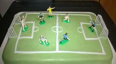 Dolcilandia e non solo...: Torta di compleanno : Campo di calcio