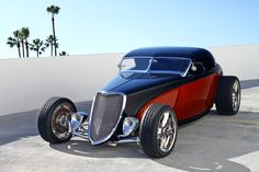 Double Dozen #roadster based on the '33 Ford.