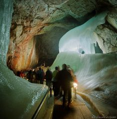 Salzburg Austria: Ice Cave Tour gonna do this with the girls one day Vacation Places, Places To Travel, Places To See, Travel Destinations, Holiday Destinations, Vacation Ideas, Klagenfurt, Hallstatt, Cave Tours