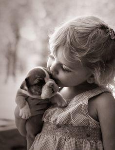 """""""Os corações puros estão sempre a apenas um sussurro do céu. """""""