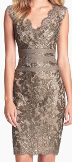 Dark gold lace dress...maybe for Sum's wedding someday... the only reason I could pay 288 for a dress!! :/