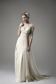 Edythe by Pallas Couture | via http://pallascouture.com