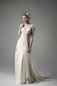 Romantic and Bohemian. Edythe - Wedding Dresses - La Princesse Collection - Bridal Gowns - Pallas Couture