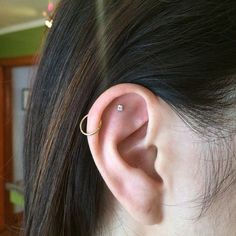 """L.A.'s 10 Coolest Ear-Piercing Combinations — & The Man Behind Them All #refinery29 http://www.refinery29.com/multiple-ear-piercing-ideas#slide-9 """"Sometimes you want less, because the more you put on, the more you take away from certain parts.""""..."""