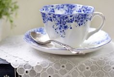 For a proper cup of Tea: minimum, you need a pretty china teacup, a fancy silver spoon and a beautiful white embroidered napkin....... Mais