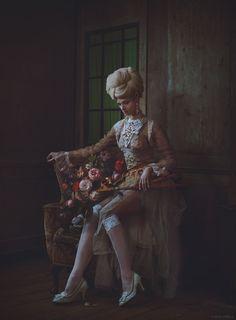 Miss Aniela: Surreal Fashion - Gallery