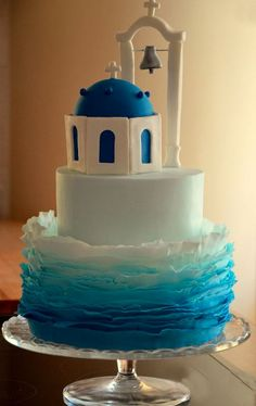 A roundup of fun under-the-sea-themed cakes is shared on the Craftsy blog