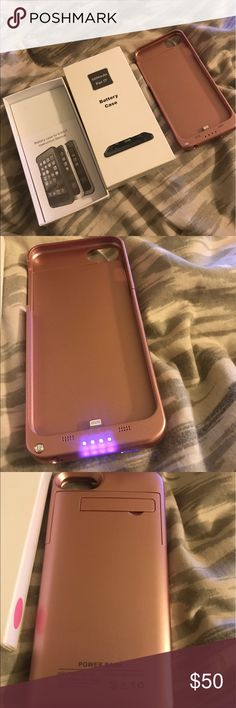 IPHONE 7 ROSE GOLD battery charging case *NWT* IPHONE 7 ROSE GOLD battery charging case *NWT* - Brand new in the box . Has a stand in the back to prop your phone . Available in GOLD & BLACK as well Retails for $100 at most dealers . Accessories Phone Cases