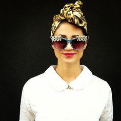 Eleonora Della Guardia in a leopard print turban and jeweled sunnies emojiemoji outside @etro_official @Camille Blais Eleonora Neovecchiostile Della Guardia #stylesighting #mfw