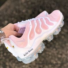 Sneakers Nike, Cute Sneakers, Shoe Closet, Cute Shoes, Me Too Shoes, Crazy Shoes, Shoes Heels, Shoe Boots, Shoes Sport