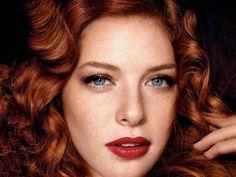 gorgeous Rachelle Lefèvre