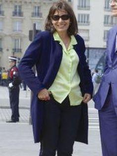 """ELLE VEUT """"VERDIR"""" Paris (toujours son impeccable style littéraire), mais PARIS C'est MOI- JE... Anne Hidalgo ou la redingote bleue"""