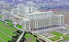 Cum a ajuns Bucureştiul un dezastru arhitectonic: betoanele comuniste au sufocat clădirile istorice
