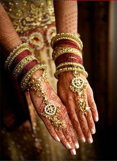 Hathphool, hath phool, ring bracelet, bangles, Indian bridal jewellery