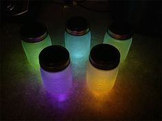 DIY Solar Powered Mason Jar Lights / Lantern Craft Tutorial | via putitinajar.com