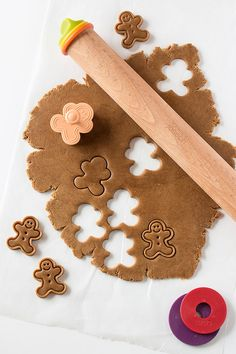 Mini Frosted Gingerbread Men recipe