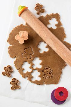 Mini Frosted Gingerbread Men recipe