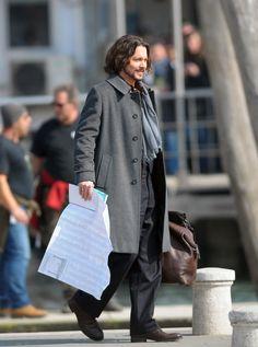 Johnny Depp Medium Wavy Cut