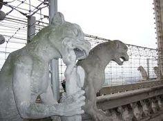 gargolas estatuas -