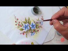 Para pintar no emborrachado, usamos tinta de tecido.