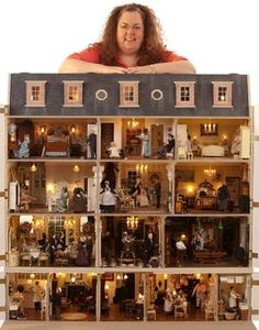 The Featherstone Hall Hotel This is Julie Jackson's first dollhouse, which is amazing in itself. Add to that her self-imposed deadline for completion so it would appear in the 200th issue of Dolls House & Miniature Scene Magazine is incredible. But wait! There's more!