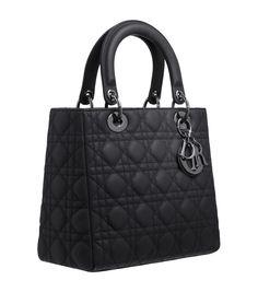 amore a prima vista nel 95, comprata dopo 10, ed ora ancora inseparabile!!! Lady Dior forever