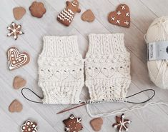 Nordic Yarns and Design since 1928 Magic Loop, Christmas Calendar, Wool Socks, Lace Patterns, Stockinette, Christmas Stockings, Swatch, Holiday Decor, Knitting Ideas