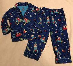 b6a08559d3 Nick  amp  Nora Christmas Pajamas PJ Set Size 3T Toddler Santa Space Ships  Rockets