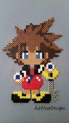 Sora Perler Bead Figure Kingdom Hearts por AshMoonDesigns en Etsy
