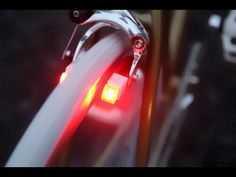 Magnic Light Microlight - These bicycle brakes add battery-free lighting Hardtail Mountain Bike, Mountain Bicycle, New Bicycle, Brake Shoes, Bicycle Brakes, Bicycle Lights, Bike Light, Bike Seat, Bike Style