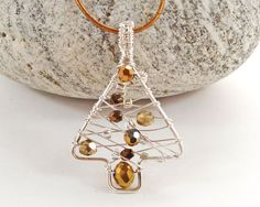 Wire Wrapped Christmas Tree Pendant  Beaded by BeauBellaJewellery #christmastree #necklace