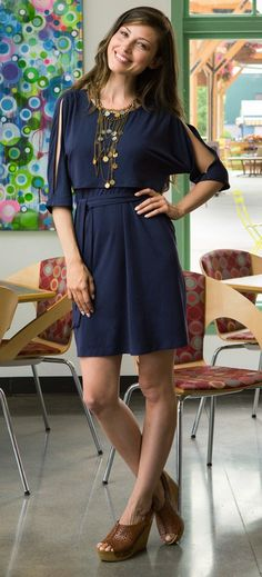 Split sleeve nursing dress {navy} – Milk & Baby