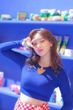 "TWICE -""Heart Shaker"" M/V BEHIND #Jihyo"