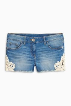 Denim Lace Side Shorts = summer is coming! Latest Fashion For Women, Womens Fashion, Denim And Lace, Spring Summer Trends, Summer Wardrobe, Festival Fashion, Just In Case, What To Wear, Denim Shorts