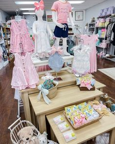 """✨""""Whoever said orange was the new pink was seriously disturbed""""✨  it's basically spring already so that means PINK is a neutral. Boho Fashion Fall, Tween Fashion, Toddler Fashion, Baby Registry Must Haves, Baby Necessities, Orange Is The New, Kid Styles, Baby Toys, Boho Decor"""