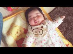 ガラガラ遊び - YouTube