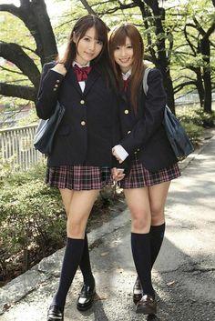 SAOTOME Rui 早乙女ルイ & NARUSE Cocomi 成瀬心美 #制服 #女子高生