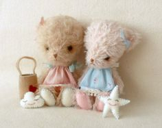 Little Bear pdf Pattern by Gingermelon on Etsy Softies, Plushies, Sewing Projects, Projects To Try, Felt Projects, Sewing Ideas, Bear Doll, Stuffed Animal Patterns, Stuffed Animals