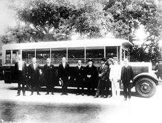 Inauguração da Viação Excelsior - 1926 A Viação Excelsior - empresa de ônibus da Light & Power do Rio de Janeiro - foi inaugurada em 7 de junho de 1926. http://oriodeantigamente.blogspot.com.br/2011/01/historia-dos-coletivos-linhas-modelos-e.html