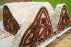 Meggyes kókuszrolád-piramis sütés nélkül | TopReceptek.hu Czech Recipes, Sweet And Salty, No Bake Desserts, A Table, Sweet Tooth, Cheesecake, Deserts, Food Porn, Food And Drink