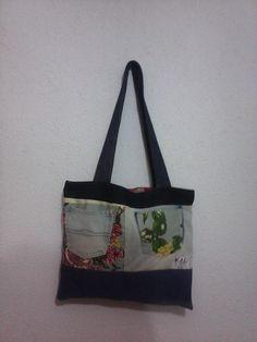 bolsa feita com sobras de jeans e bolso invertido e alternado com tecido florido