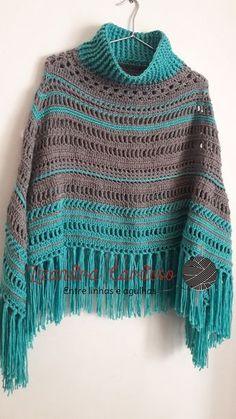Risultati immagini per Poncho de la croche Cardigan Au Crochet, Crochet Poncho Patterns, Crochet Coat, Crochet Shawls And Wraps, Crochet Jacket, Crochet Scarves, Crochet Clothes, Crochet Diy, Pull Crochet