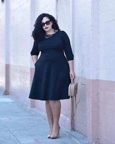 The Little Black Dress of my dreams (IT HAS POCKETS!) is on #GirlWithCurves today link in profile. #ontheblog