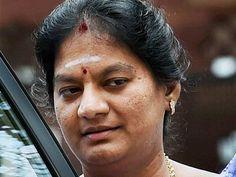 జయ ఆరగయ సబఐత దరయపత చయచడ శశకళ - Oneindia Telugu #Telugu