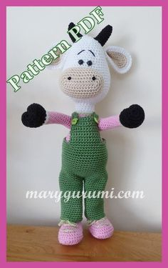 Online shop selling patterns and achievements of crochet stuffed toys and crochet dolls. All of our products are made in France and handmade. Crochet Cow, Crochet Amigurumi, Crochet Dolls, Explanation Writing, Tutorial Amigurumi, Slip Stitch, Farm Animals, Free Pattern, Hello Kitty