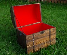 Pallet Treasure Chest DIY - Great instructions!